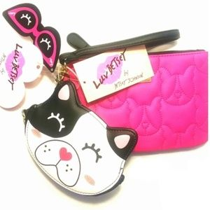 NWT Betsey Johnson 2 Pc Quilted Wristlet Gift Set